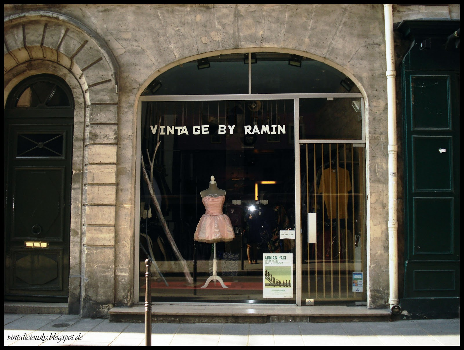 Paris vintage by ramin vintaliciously vintage blog for Retro shop paris